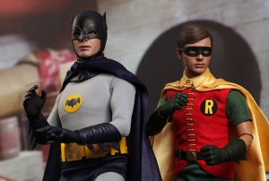 batman_and_robin_1966_action_figures_hot_toys_1